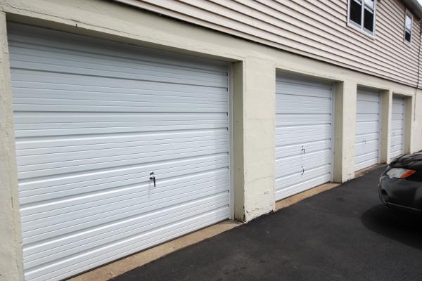 Commercial Overhead Garage Doors - CHI Model 3251