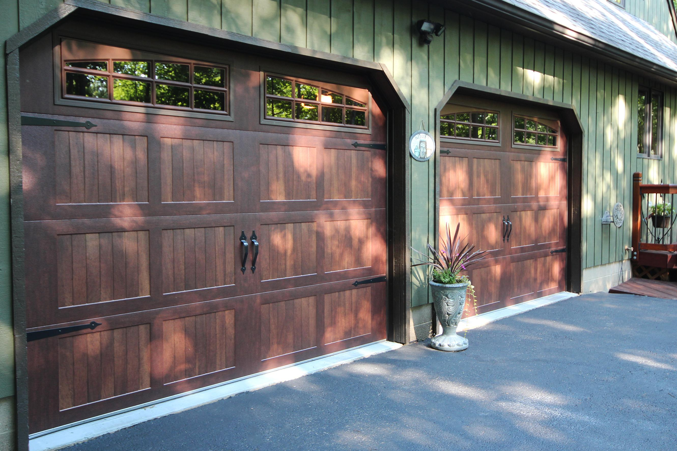 9x7 Carriage House Mahogany Garage Door w-2pc Arched Stockton Inserts