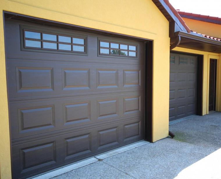 9x8 CHI Overhead Door w-Madison Decorative Inserts Middleport NY